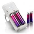 389Carregador Baterias com 2 Pilhas AA + 2 pilhas AAA Recarregavel